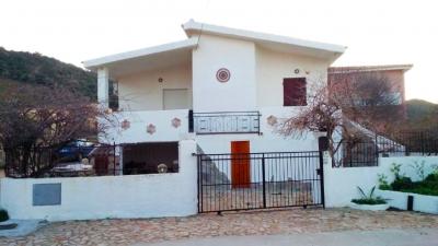 Appartamenti in affitto a san teodoro da privati for Case a budoni in affitto